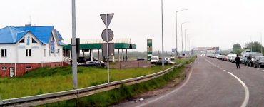 Очереди и камеры в переходе Краковец-Корчова