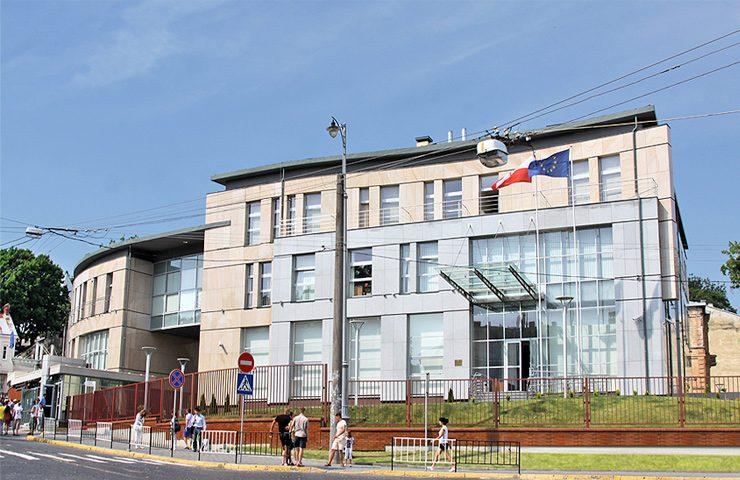 Визовые центры и консульства Польши в Украине