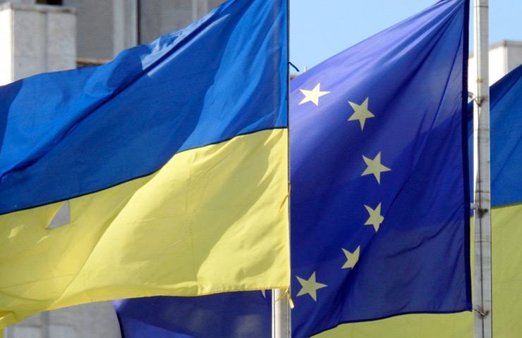С 2021 для въезда в ЕС украинцам нужно будет получать разрешение